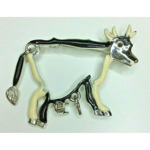 KK/ED Signed Articulated Cow Brooch Pin Tail Utter